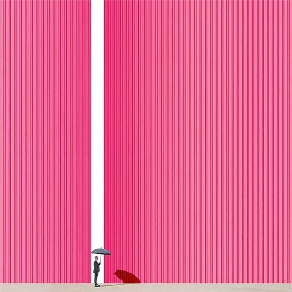 他在积极和消极的空间内 和谐地平衡颜色和物体