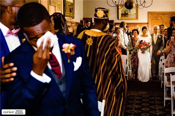 这才是摄影师应该拍的婚礼照片!