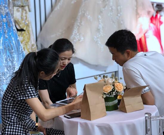 杭州站首日成交额2.09亿,2019中国婚博会夏季展