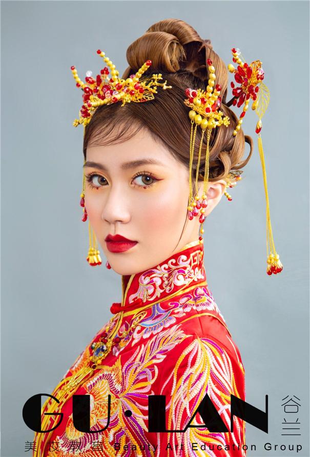 雍容華貴 龍鳳褂中式新娘