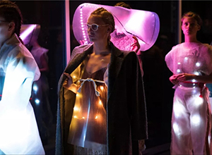 最新影楼资讯新闻-邓芑芃:丹麦小城的时装秀