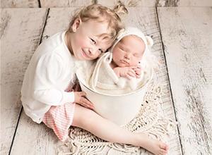 最新影楼资讯新闻-加拿大新生儿摄影师Krista White的摄影生活