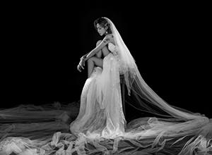 最新影楼资讯新闻-极简黑白婚纱照 给你永不褪色的爱情纪念