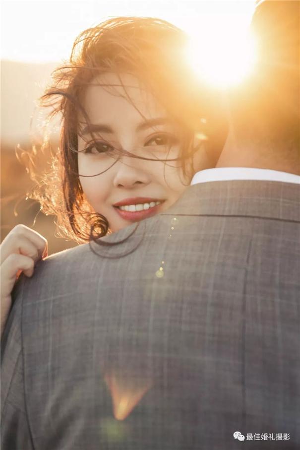 有情感的亚博娱乐唯一官网师,让婚纱照片更有温度