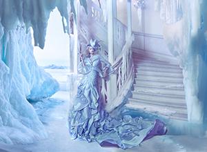 最新影楼乐虎娱乐平台新闻-浮夸绚丽的礼服 相得益彰的城堡与礼服