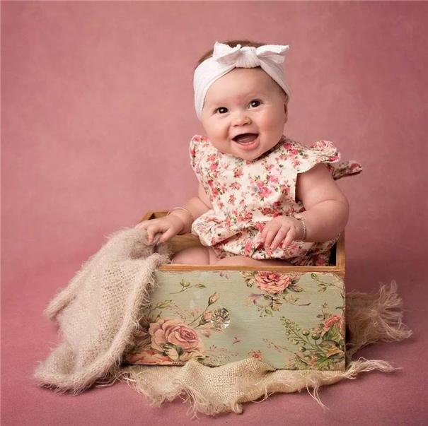 新生儿摄影师Kim Spencer的摄影生活
