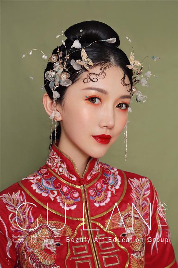 美丽红妆 可搭配多变外型的中式新娘妆面
