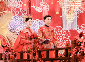 最新影楼资讯新闻-婚摄团队跨界拍电影?忆江南全程赞助《大红包》