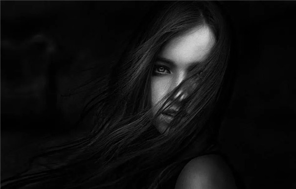 神秘冷艷唯美的暗調人像,是這樣拍出來的!