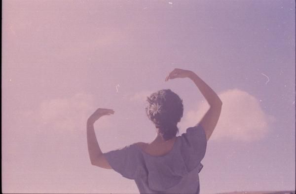 Celeste Ortiz:柔软的身体,呼吸的光线