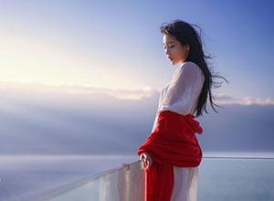 最新影楼乐虎娱乐平台新闻-外景人像:你是藏在海风里的诗