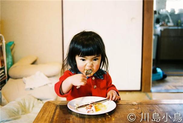 日本拍小蘿莉第一人 兒童寫真也可以年銷10萬本