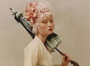 最新影楼资讯新闻-原来花还能这样拍,南韩最会用花创作的摄影师