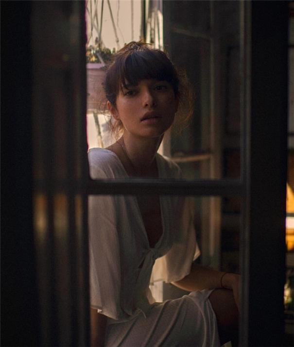 Cayetano González電影質感的女性人像