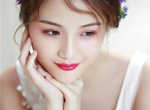 最新影楼资讯新闻-我曾有无数的选择,为什么还是心甘情愿成为化妆师?
