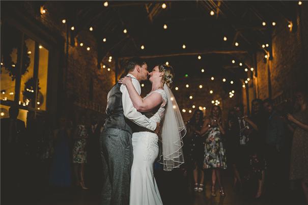 用音樂嗨翻全場 兩位音樂DJ的婚禮攝影