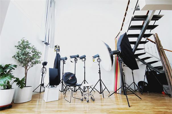 从场地到风格,带你了解人像摄影工作室