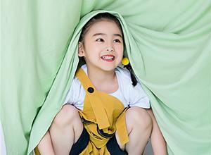 儿童摄影:新生儿上门拍摄的意义与价值