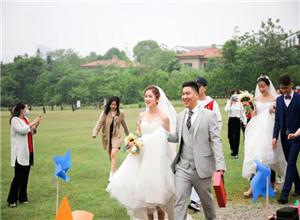 最新影楼资讯新闻-5月婚礼旺季因疫情遇冷,婚庆从业者们都怎么活