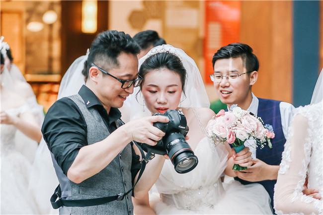 纪实婚礼摄影师——黄亮:大浪淘沙 热爱让他留下