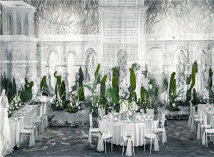 最新影楼资讯新闻-夏季静态婚礼展:繁华都市中心的奢华绿洲