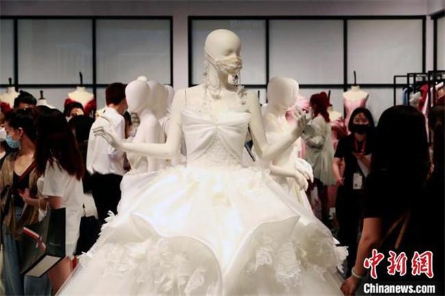 """上海國際婚紗攝影展""""復工""""""""云展零距離""""探索展會新模式"""