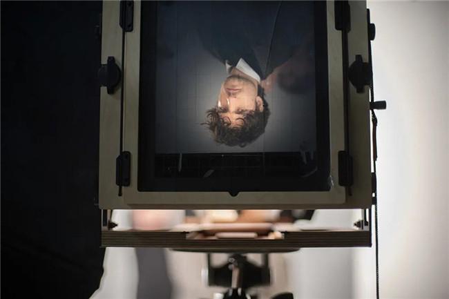 《爱乐之城》导演用 iPhone 拍摄竖屏短片