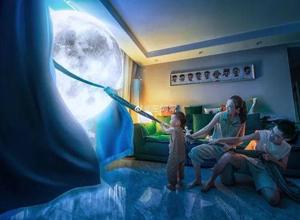 """实力宠娃!青岛千赢国际娱乐师爸爸帮孩子""""把月亮搬回家"""""""