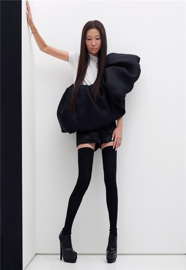 消除婚纱与成衣的界限,Vera Wang预演全新时装系列
