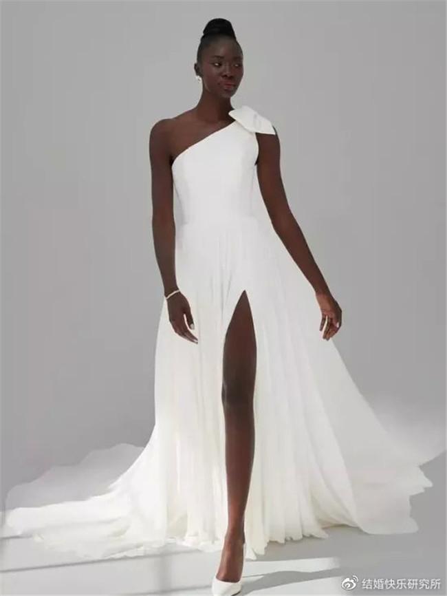 2021婚纱流行趋势,怎么美都不过分!