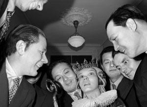 第八届济南国际摄影双年展:后像 · 当代影像试验场——张巍:人偶档案