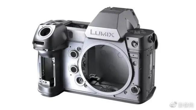 松下、富士、佳能、尼康、索尼, 2021年会有哪些相机出现?