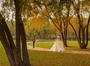 """最新影楼资讯新闻-上周末杭州春季婚博会人气爆棚 婚策人预计 新人婚礼""""刚需""""将在下半年集中释放"""